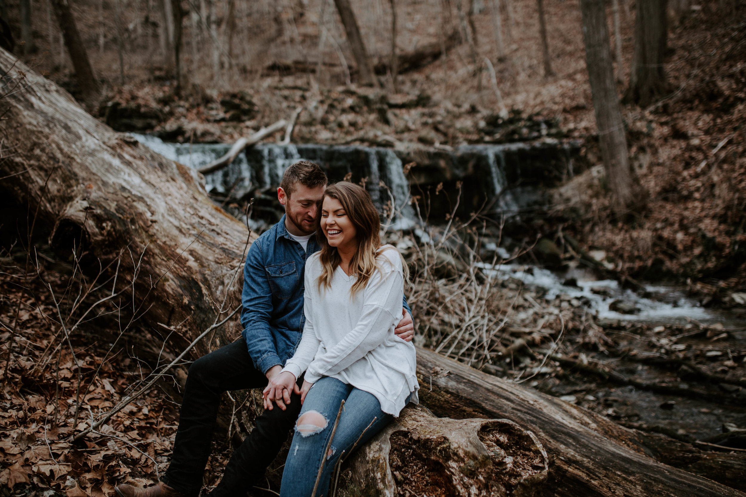 LIZA+EVAN-BLOOMINGTON-COUPLE-ENGAGEMENT-REAGANLYNNPHOTOGRAPHY-MUNCIE-INDIANAPOLIS-8.jpg