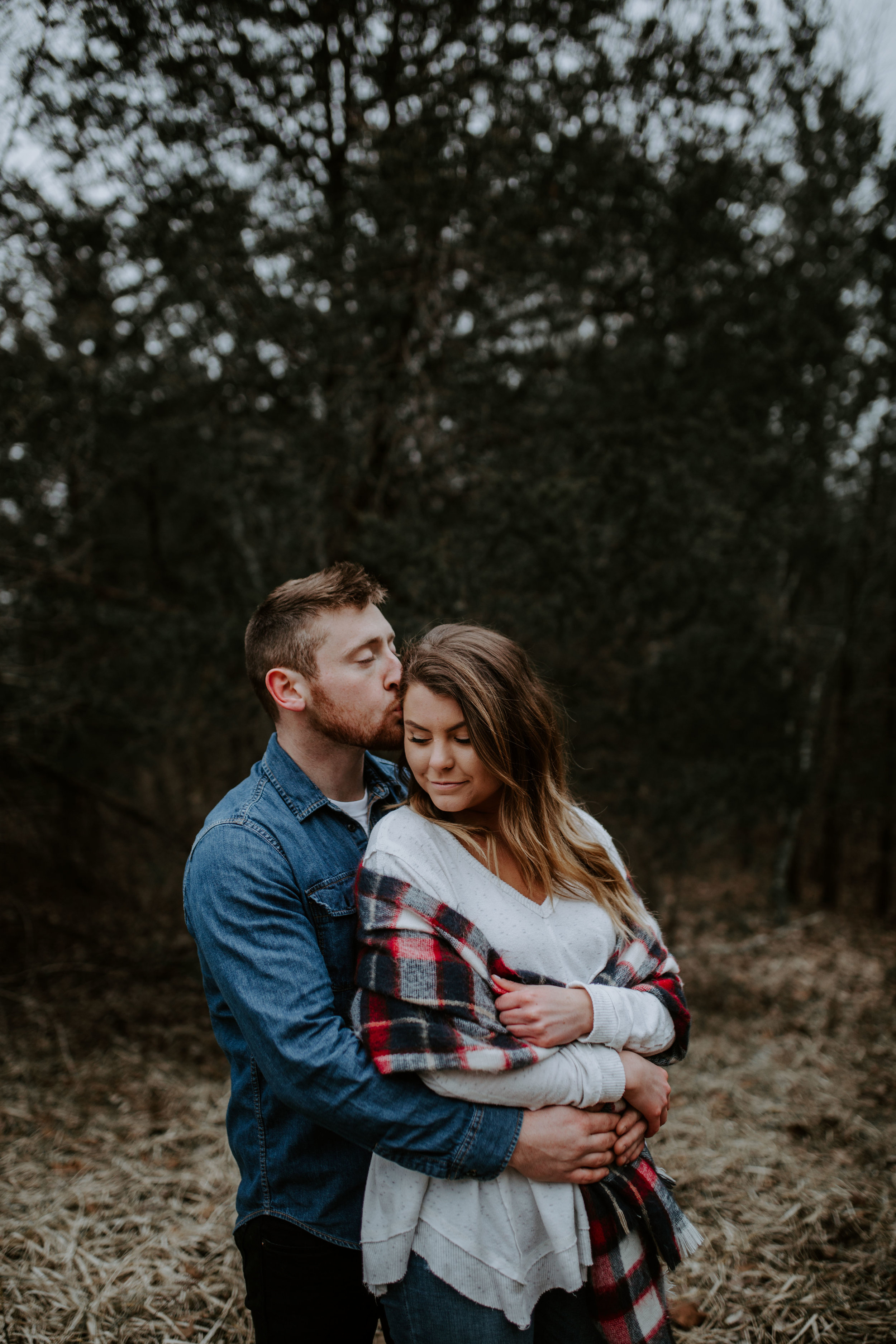 LIZA+EVAN-BLOOMINGTON-COUPLE-ENGAGEMENT-REAGANLYNNPHOTOGRAPHY-MUNCIE-INDIANAPOLIS-14.jpg