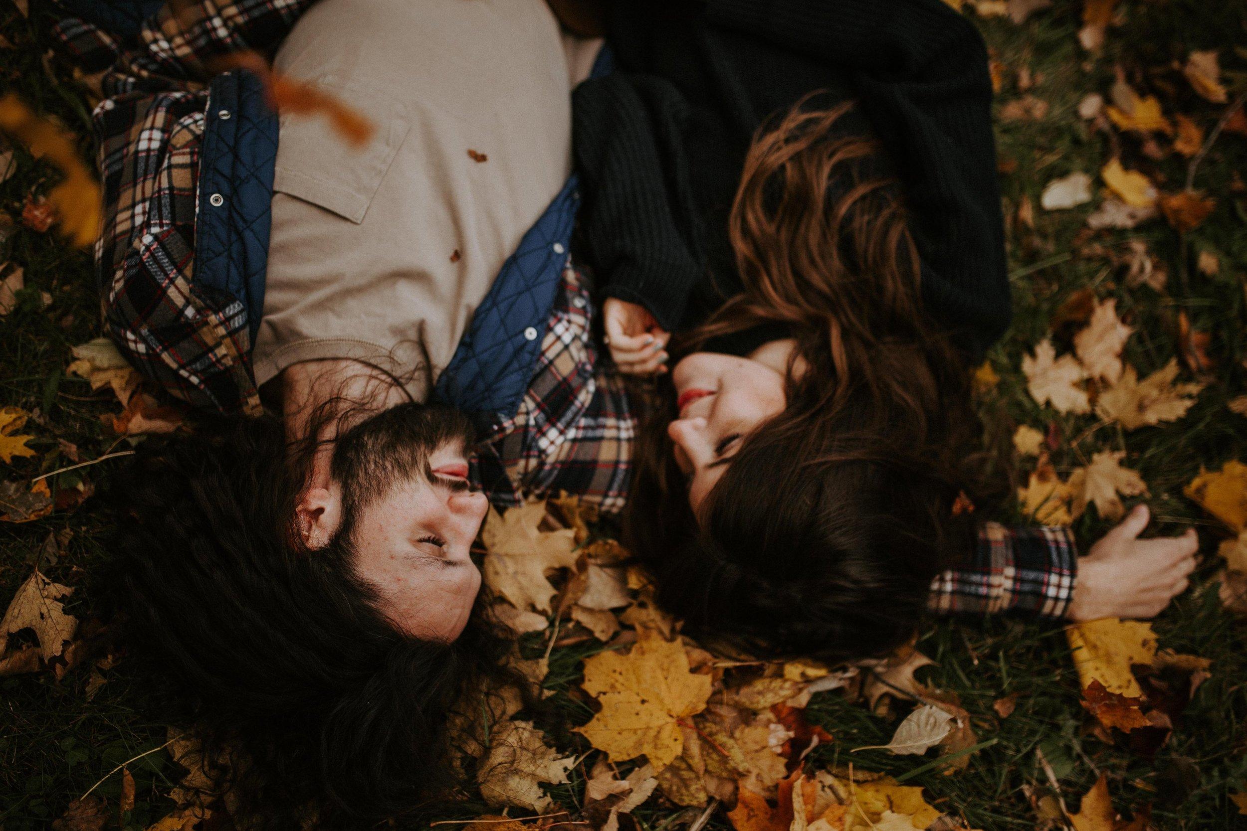 reaganlynnphotography-couplephotography-connerprairie-leximccracken20.jpg