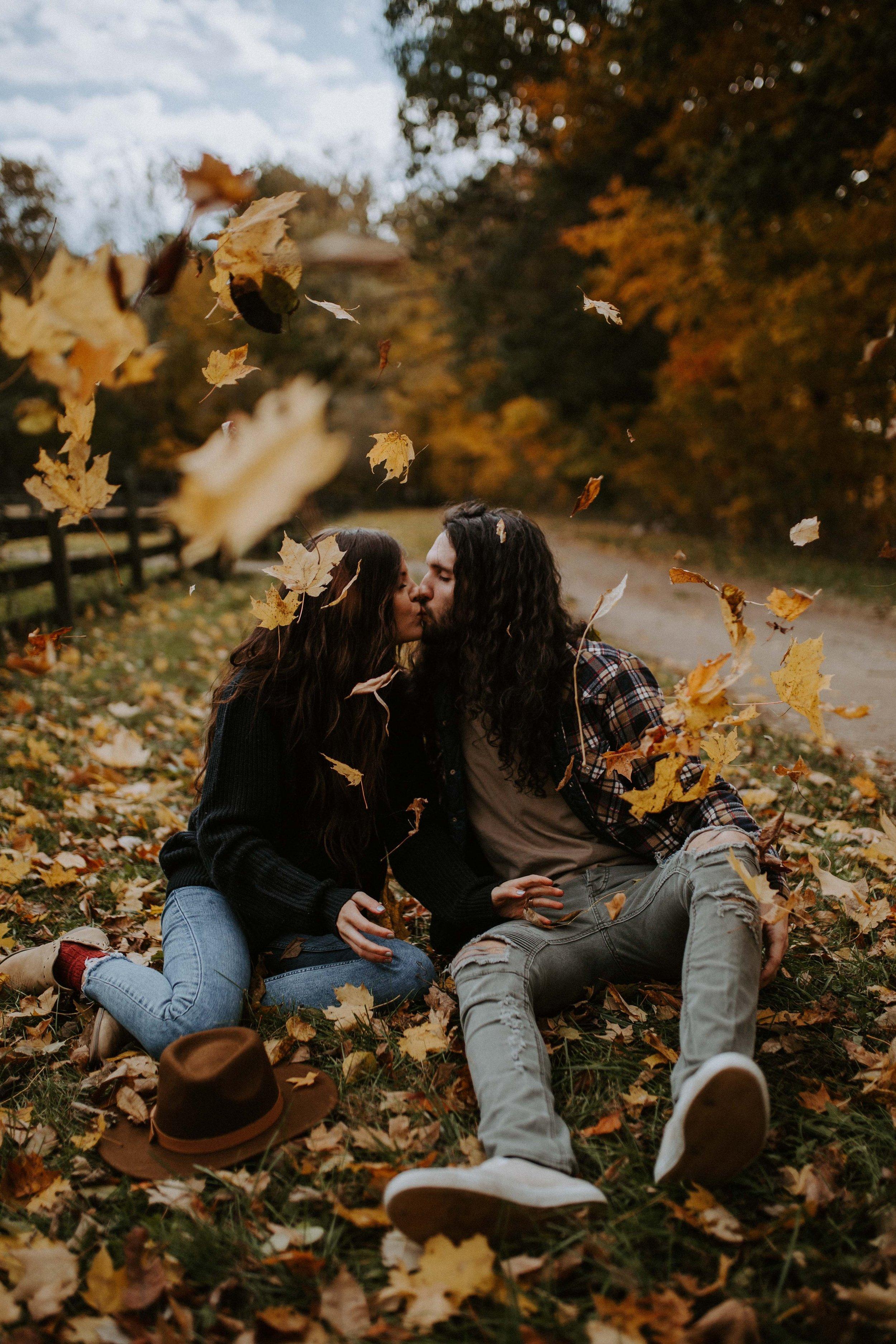 reaganlynnphotography-couplephotography-connerprairie-leximccracken21.jpg