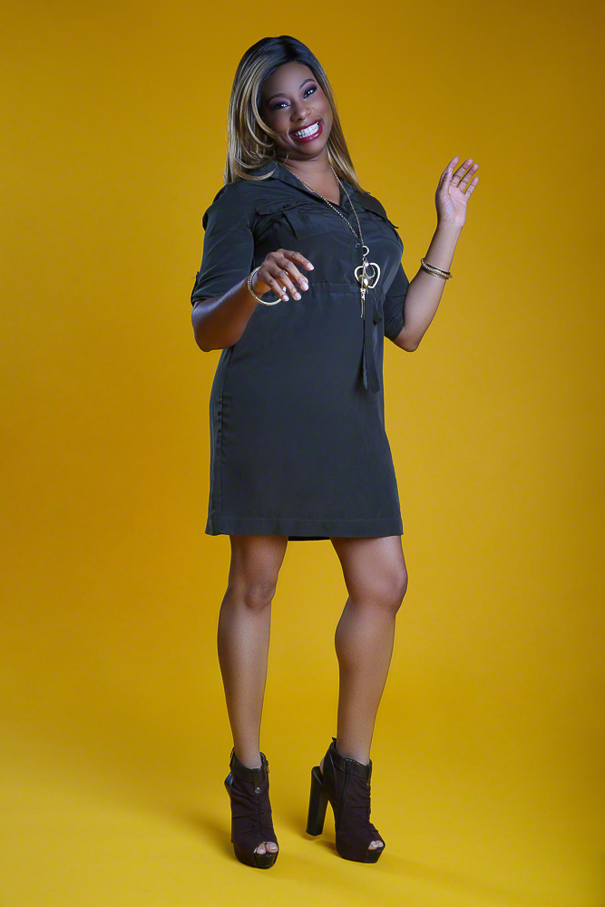 Professional Headshot of Woman   Dallas Fashion & Lifestyle Portrait Studio and Outdoor Photographer   ksimonphotography.com   © KSimon Photography, LLC