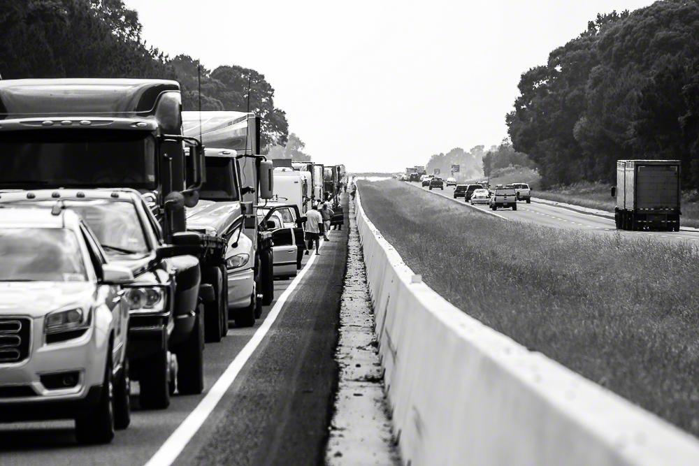 Lifestyle Photo of Highway Traffic | Atlanta + Dallas Fashion, Business, & Lifestyle Portrait Studio and Outdoor Photographer | ksimonphotography.com | © KSimon Photography, LLC
