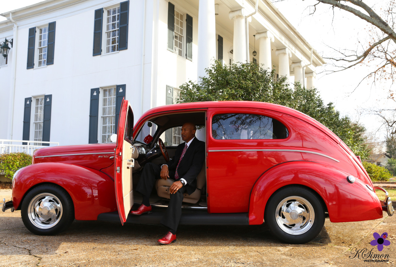 Vintage. Distinction.  [Photography, Creative Direction, & Styling: Kimberly Simon/Kimon Photography]     📷  Atlanta & Dallas Lifestyle, Fashion, & Business Portrait Studio and Outdoor Photographer  ️