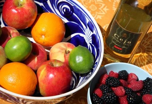 White-Wine-Sangria-Fruit-Dalia-Ceja.jpg