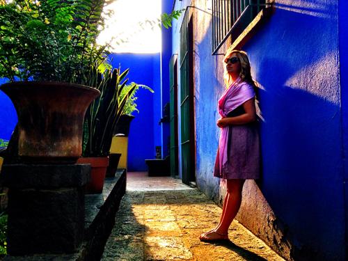 La Casa Azul courtyard