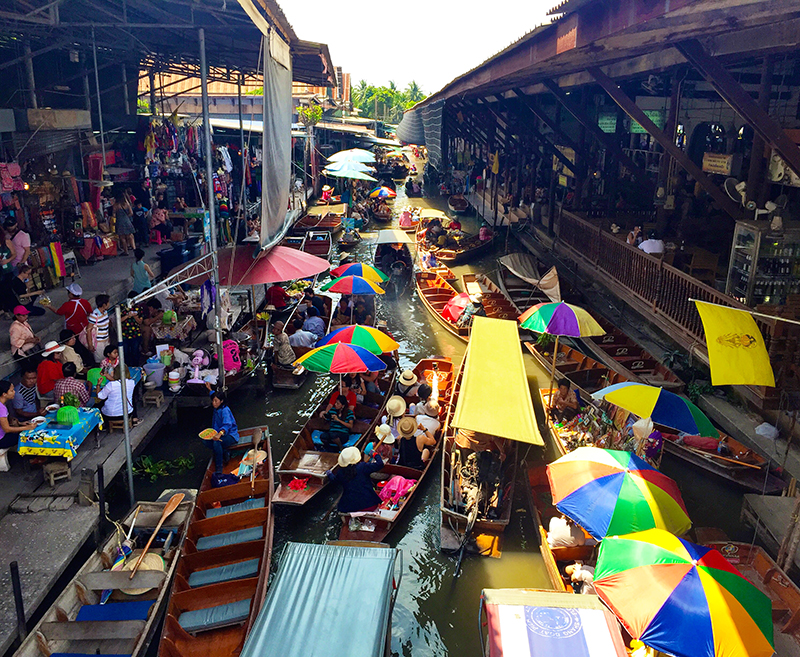 Birds eye view of the Damnoen Saduak Floating Market