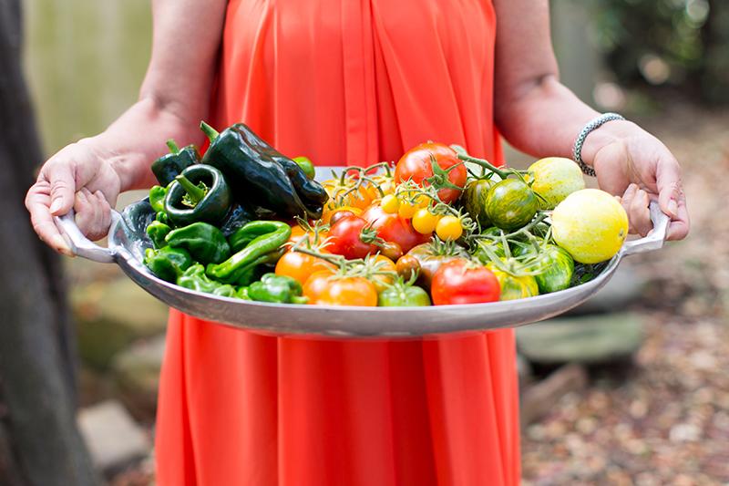 organic-veggie-tray-amelia-ceja-garden-wine-wednesday-wine-to-the-people