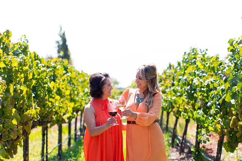amelia-dalia-ceja-wine-wednesday-wine-to-the-people