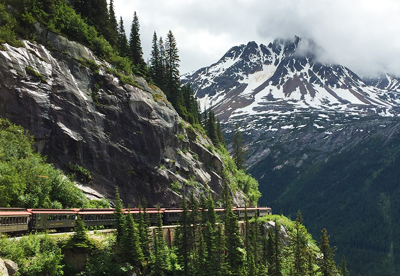 train-ride-skagway-ceja-wine-cruise-alaska