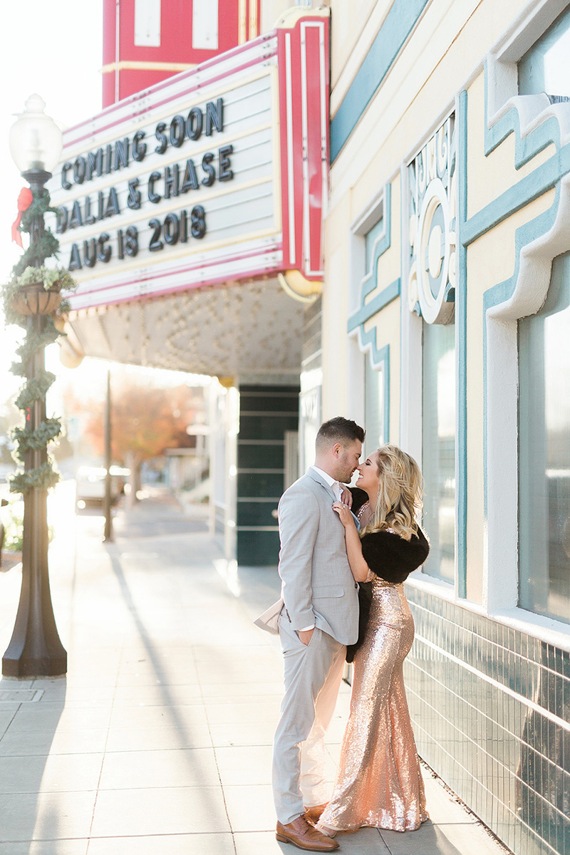 uptown-theater-napa-dalia-chase-engagement-pictures.jpg