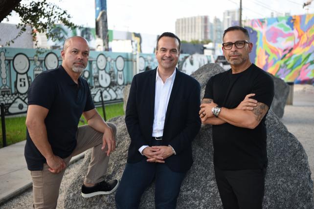 Republica Havas - Luis Casamayor, Jorge A. Plasencia and Paul Marobella