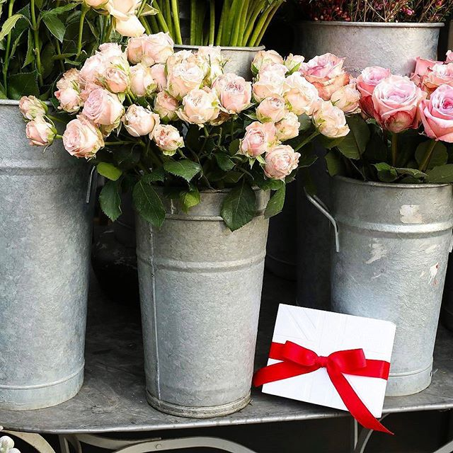REGRAM #CoolBrand @jolovesofficial: As a sixteen year old girl, Jo worked at a florist. She loved the moment when the scent of fresh flowers filled the room early each morning - and has captured it in No.42 The Flower Shop 🌸 #Inspiration #Valentines . . . . .  #Beauty #Luxury #Photooftheday #Bbloggers  #Colour #Floral #Roses #Beautiful #pursuepretty #makeyousmilestyle #petitejoys #livethelittlethings #nothingisordinary #finditliveit #thegoodlife #makeithappen #theeverygirl #peoplescreative #visualcrush #bloggervibes #flashesofdelight #livecolorfully #chasinglight #lifeofadventure #thatsdarling #darlingmovement