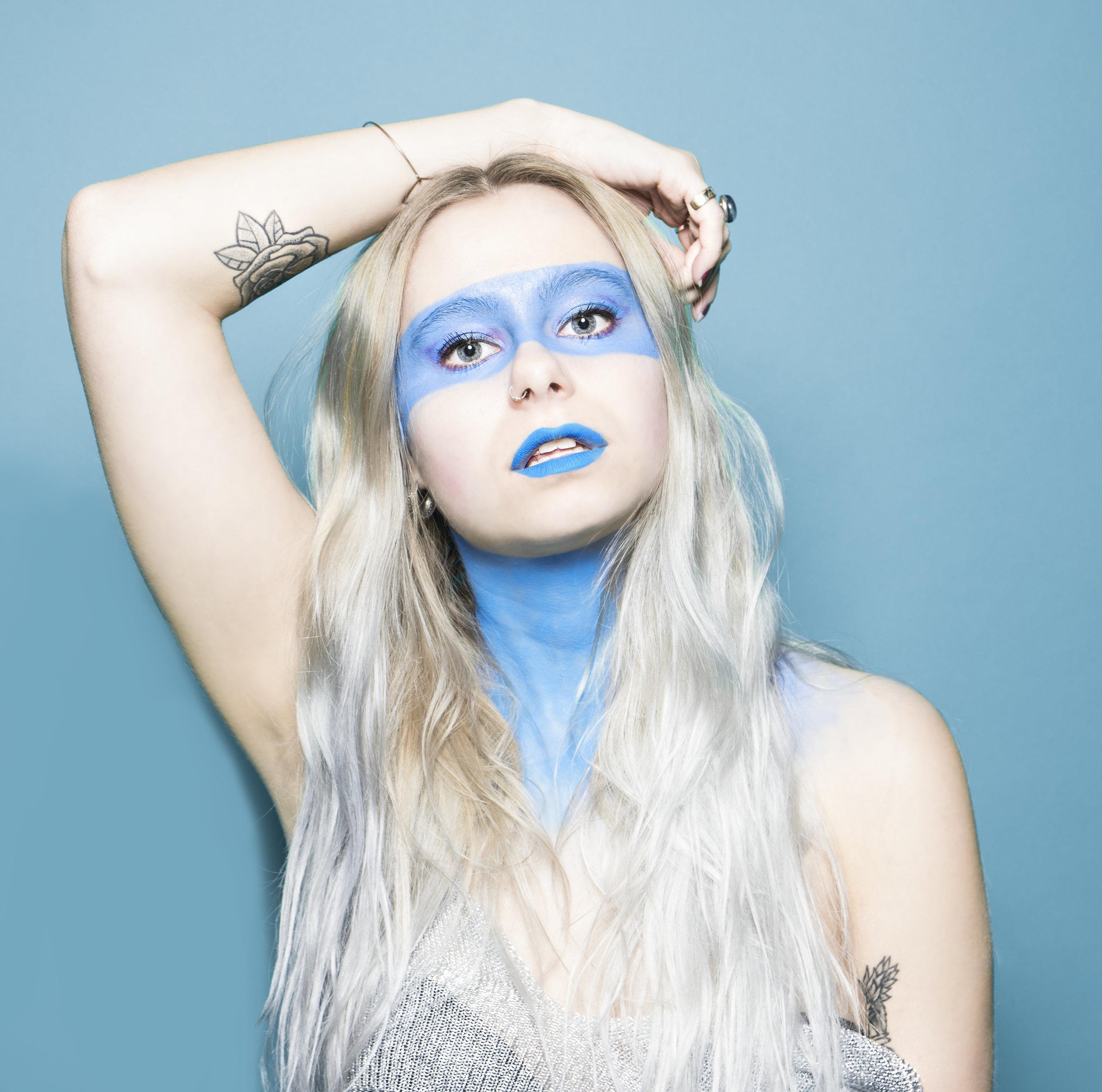 Billie 1 blue.jpg