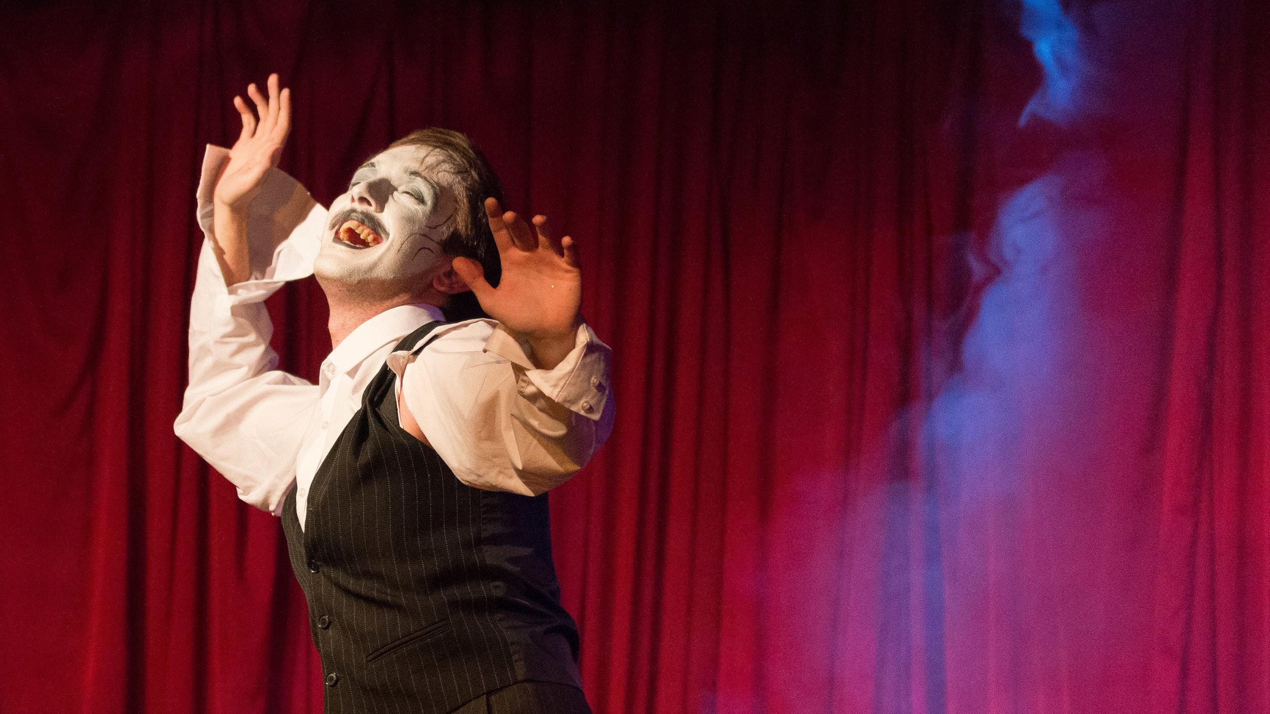 Cabaret Roulette - Metamorphosis - 52.jpg