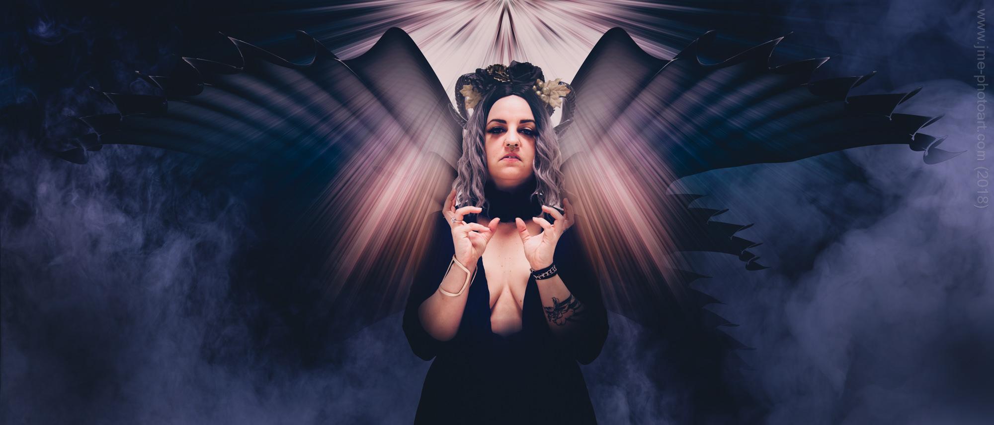 'Black Wings' - Model : Ana Morphic  September 2017