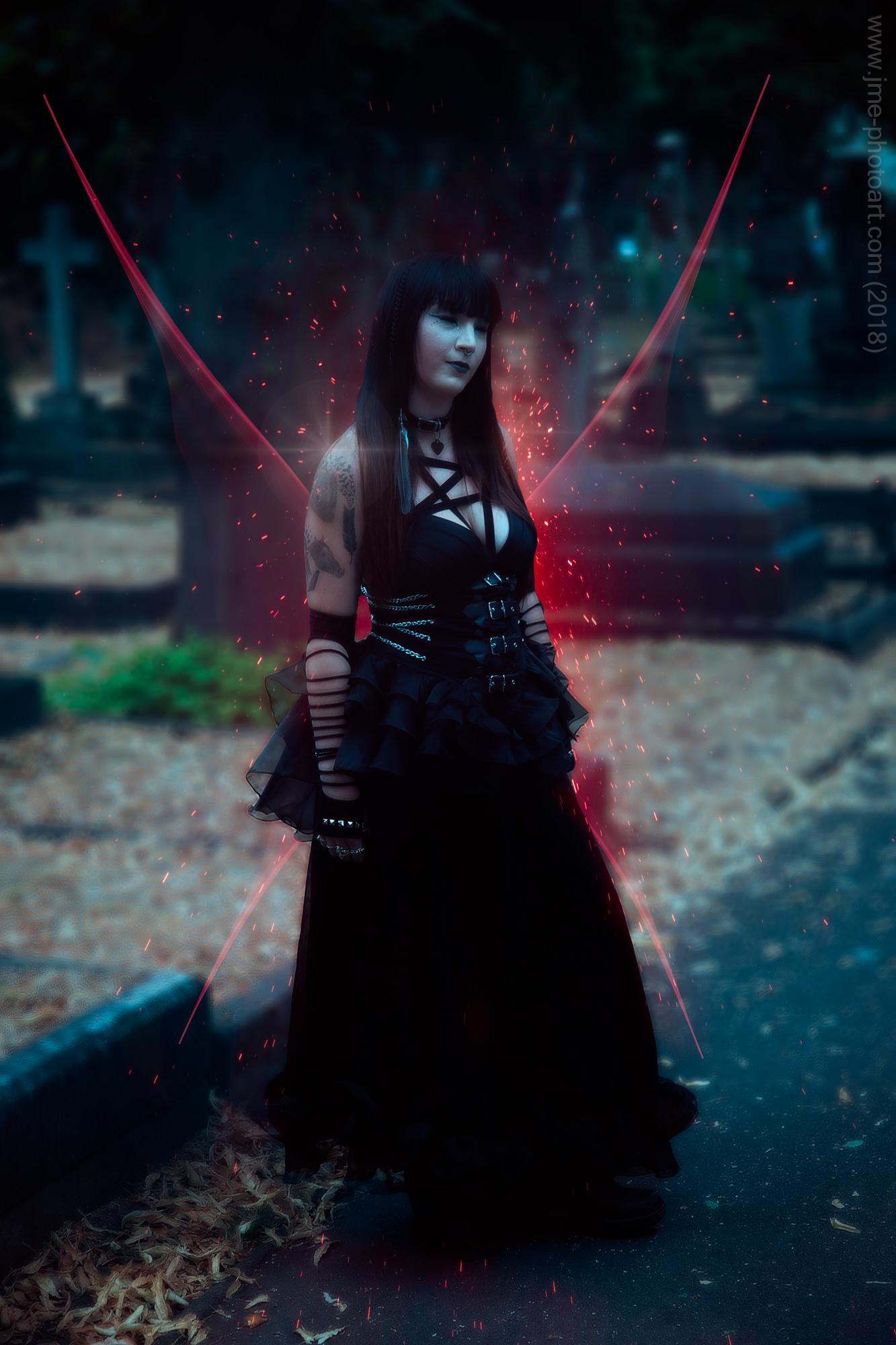 'Blood Vampire' - Model : Hannah Scott-Browne  July 2018