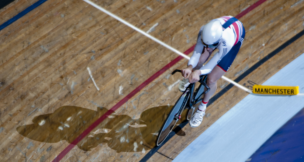 Andy in Individual Pursuit action, Manchester World Cup 2013, © Crankphoto
