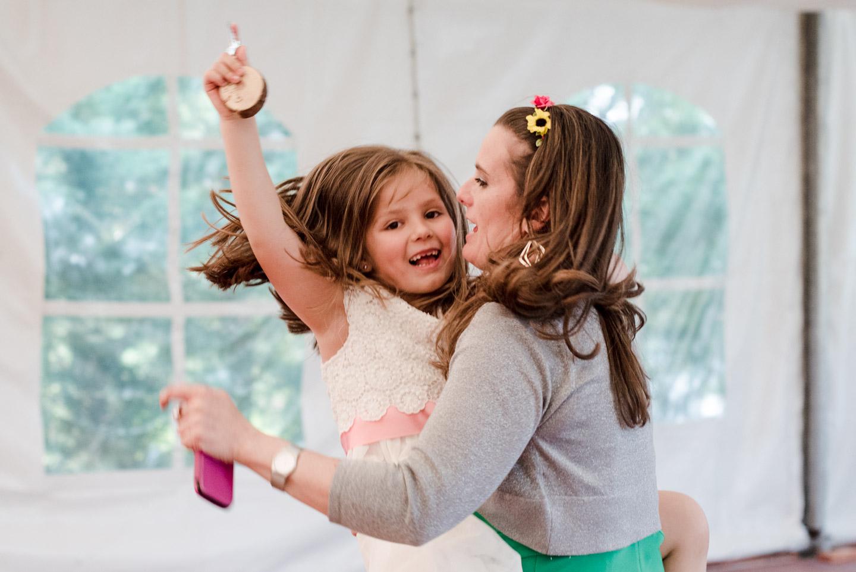 ballo bambina felicità