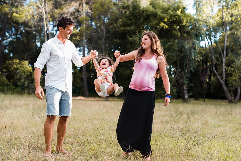 parco-famiglia-vola_vola-bambina-sorriso-felice-villa_maurogordato-livorno