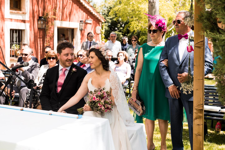 cerimonia_civil-invitados-novios-mirada