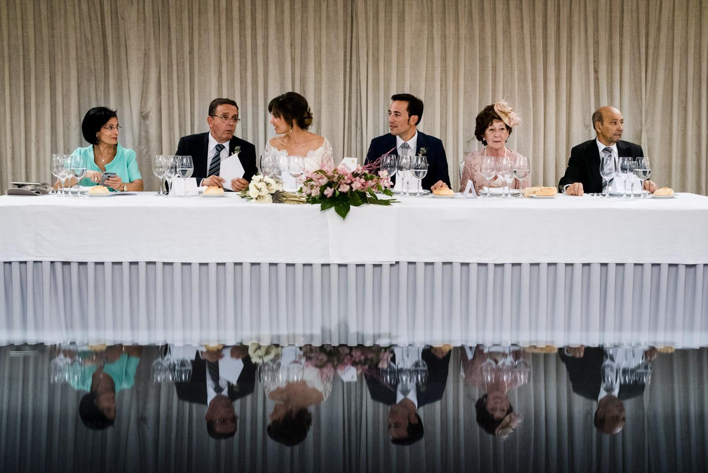 ristorante-cena-tavolo-famiglie-sposi
