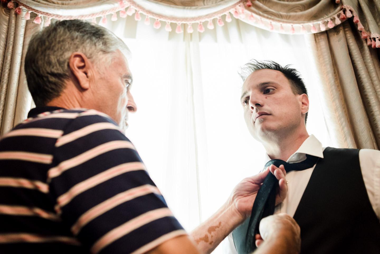 padre-sposo-cravatta