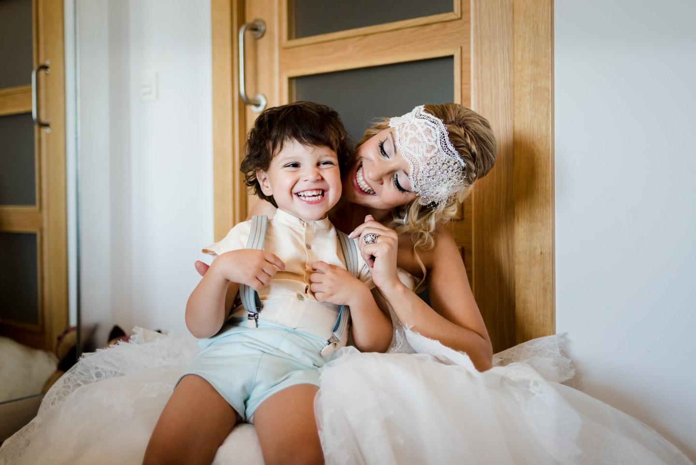 sposa-figlio-sorriso-felicità