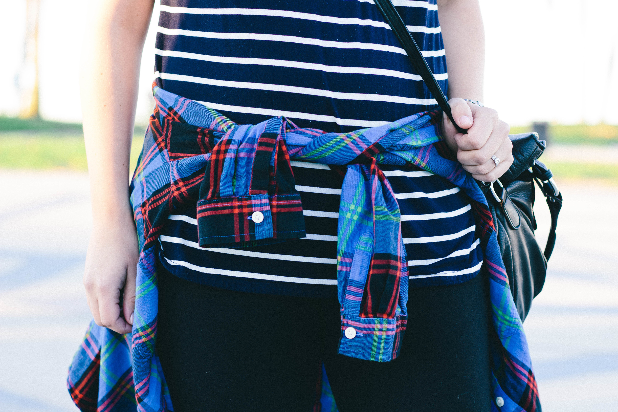 stripes and plaid, how to mix prints, california fashion, gap, old navy flannel,