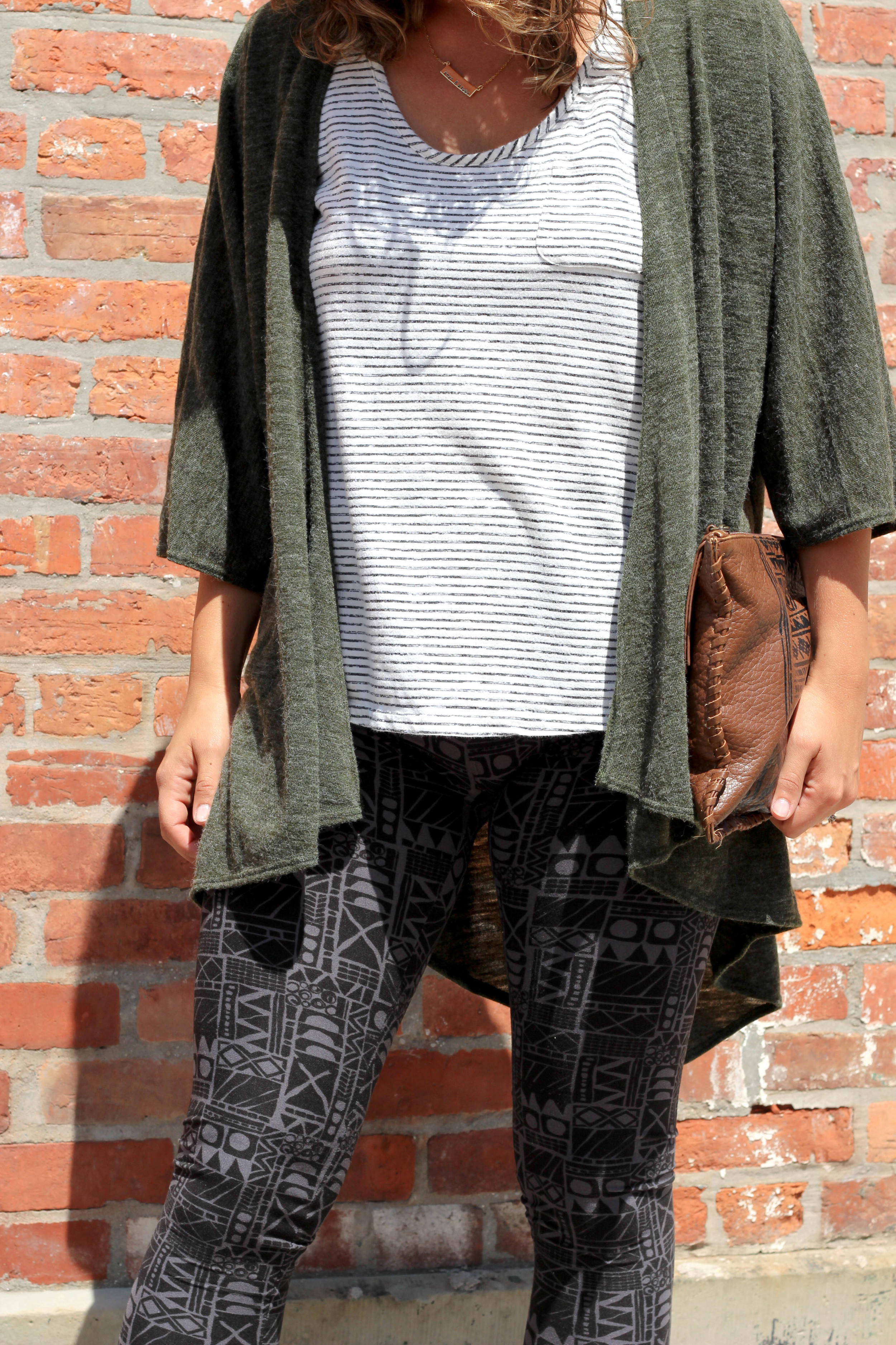 pattern leggings with stripe top outfit, the easiest way to mix prints, how to style printed leggings, printed leggings for women, comfort fashion, bohemian, patterned pants, army green, mix and match prints, how to wear stripes,