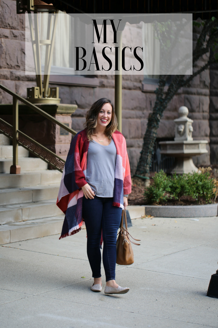 layering outfit for fall, how to layer for fall, old navy, basic tee, versatile outfits, timeless pieces for your closet, dressing up a simple tee, t-shirt fashion, go-to fall outfit,
