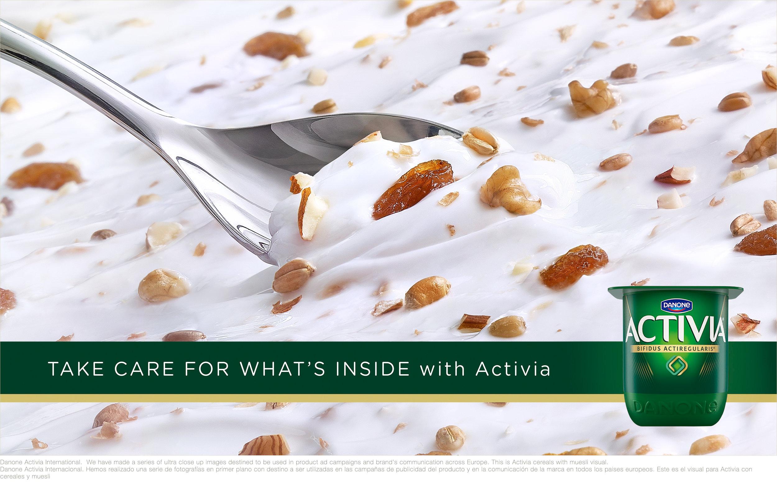 1723c-Activia-INT-Muesli-04-With-Walnuts-01.jpg