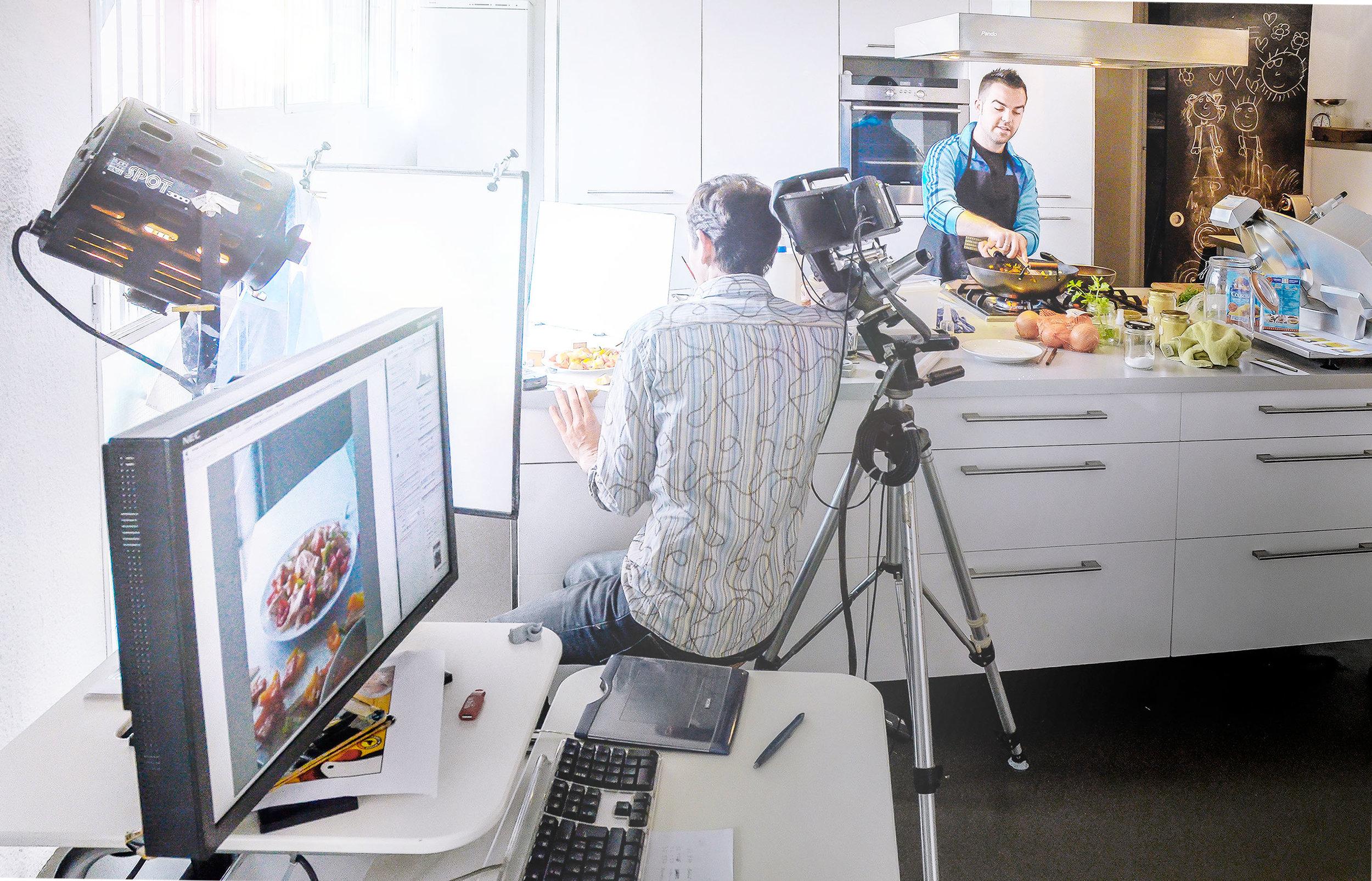 DSC2155 Valentin y Paco  en Cocina 01.jpg
