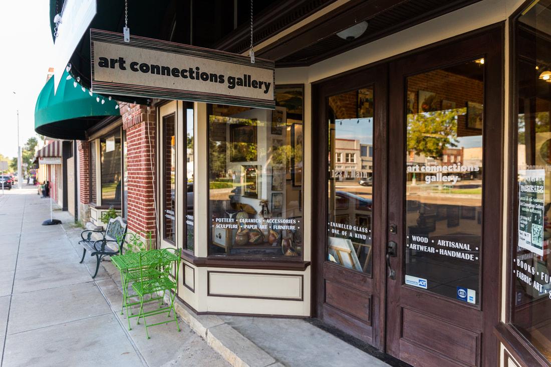 - Art Connections Gallerywww.artconnectionsgallery.com123 Main StreetLa Grange, TX