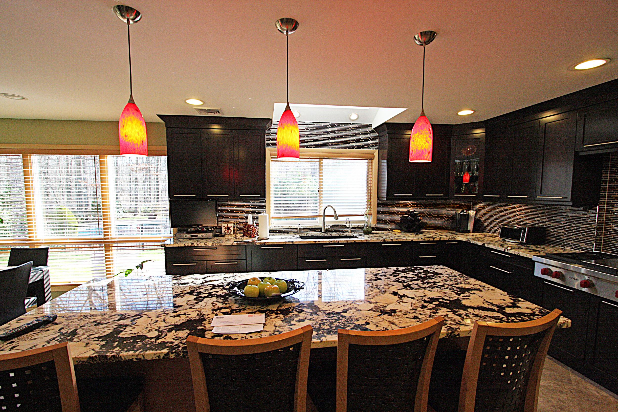 Picture Kitchen 002 smaller.jpg