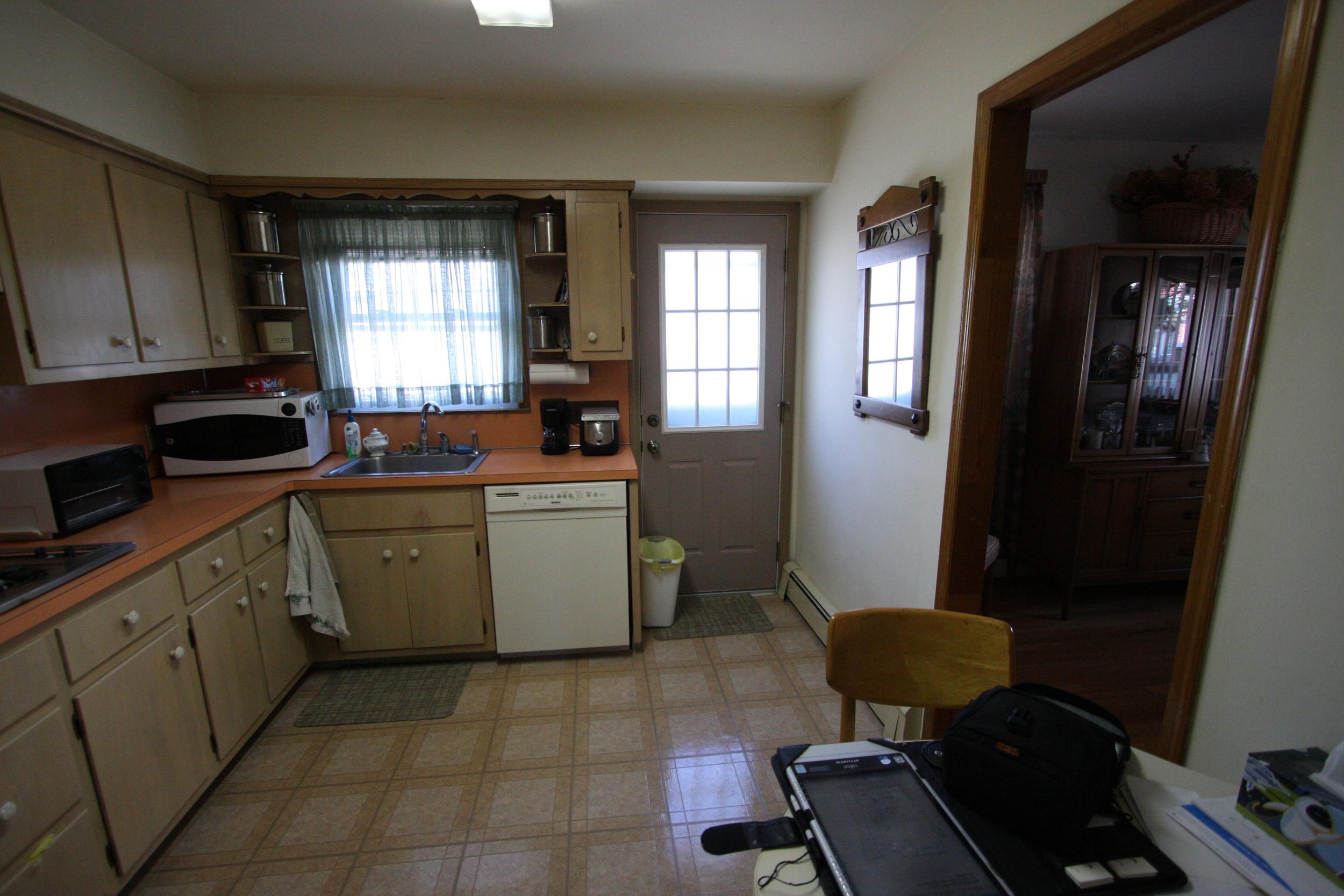 Masterson kitchen 2-17-11 016.jpg