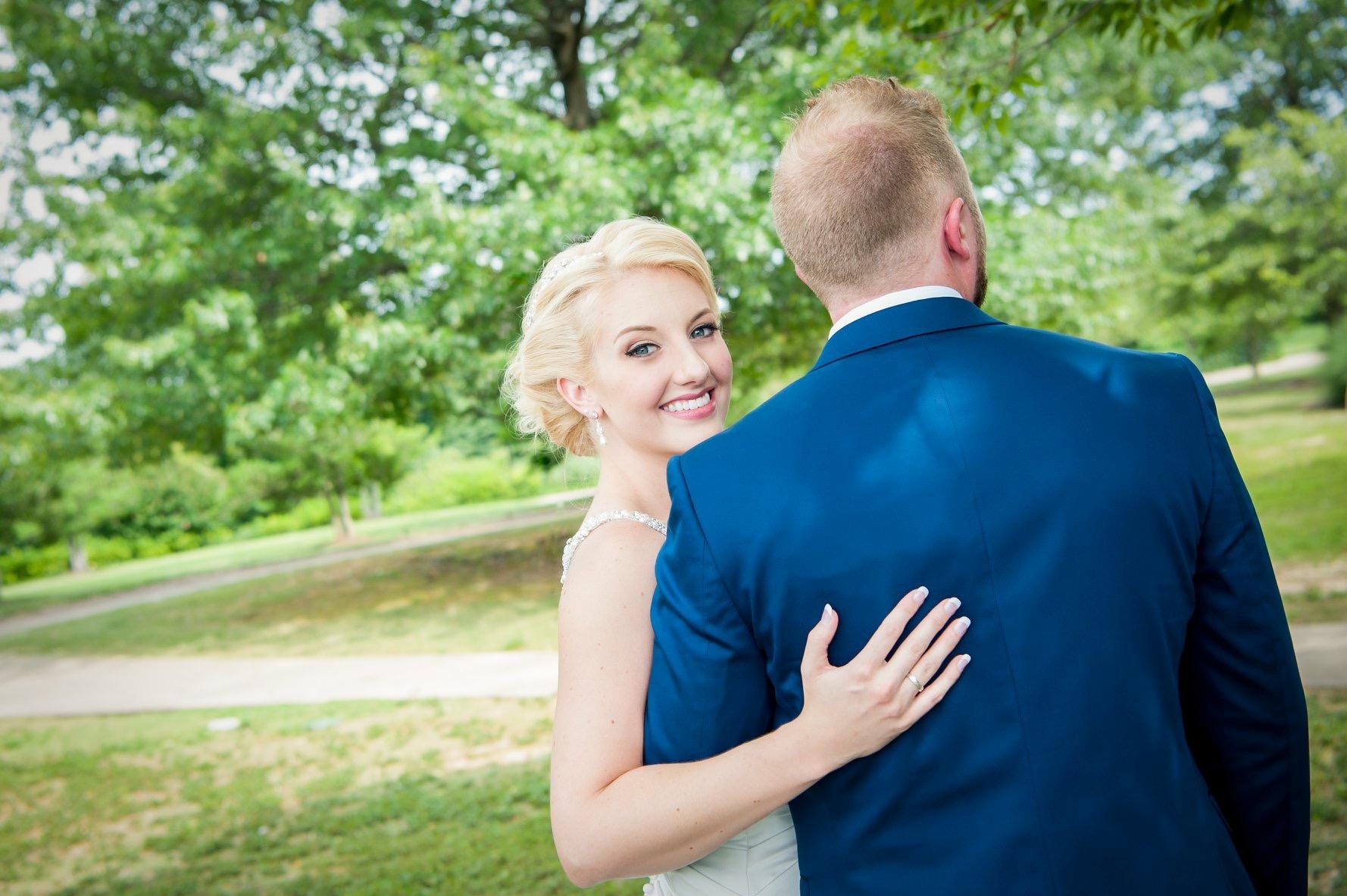 Deanna & Alex, Photo:  Casey Taylor Photography