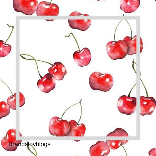 Un peu de vitamine attitude, c'est mettre dans du soleil dans sa vie ! . Créativité et taux d'engagement... % ✅💜Notre agence aime le l'influence couplé à la stratégie . #influence #stratégie #spending #culture #anything #instainfluence #instalife #cosmetics #beauty #fruit #agency #instalove #instaskin #instatoday #yello #jaune #nature #pink #rose #vitamine #red #rouge