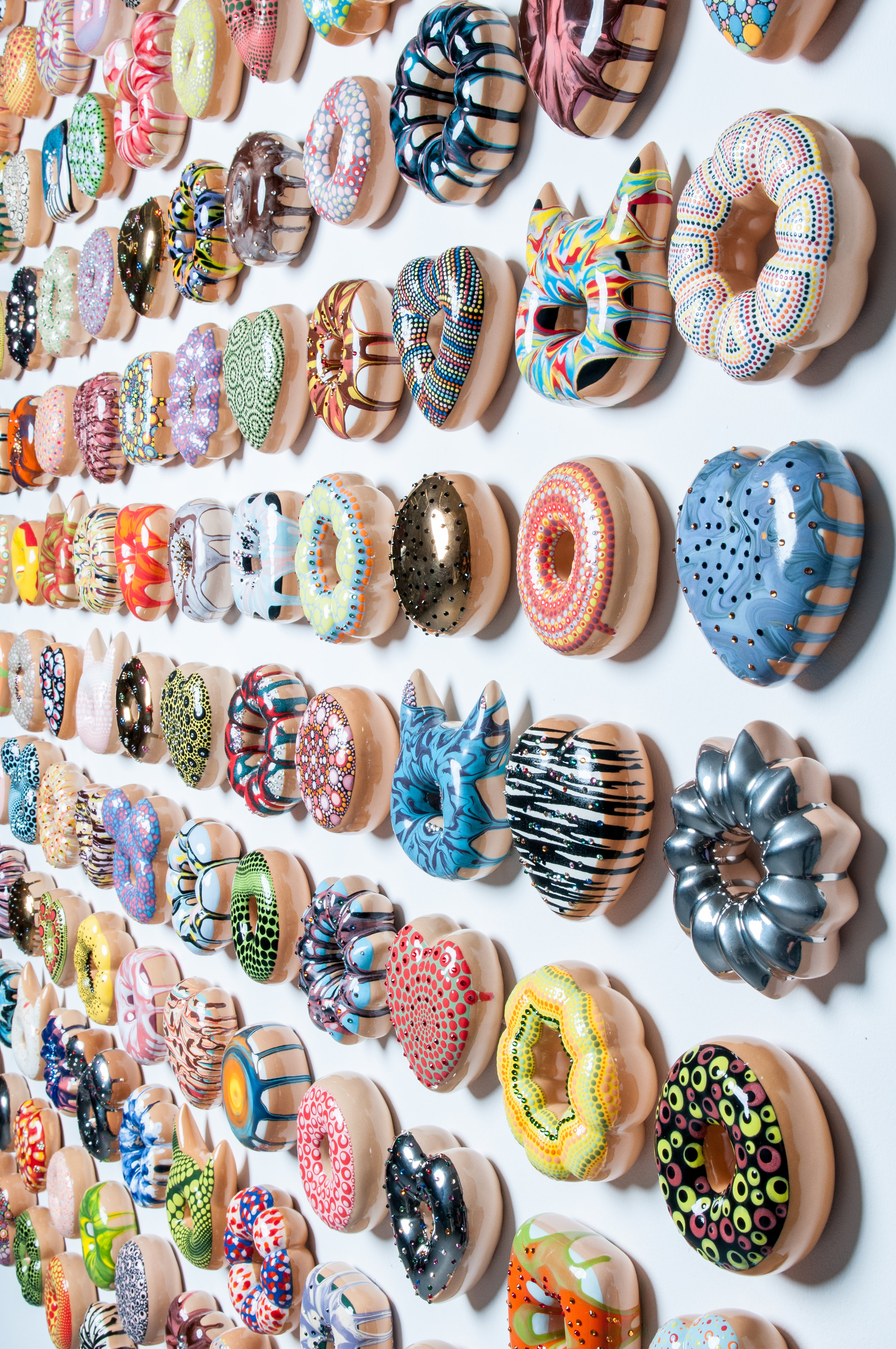 Donut Think Too Much Be Happy (Detail)