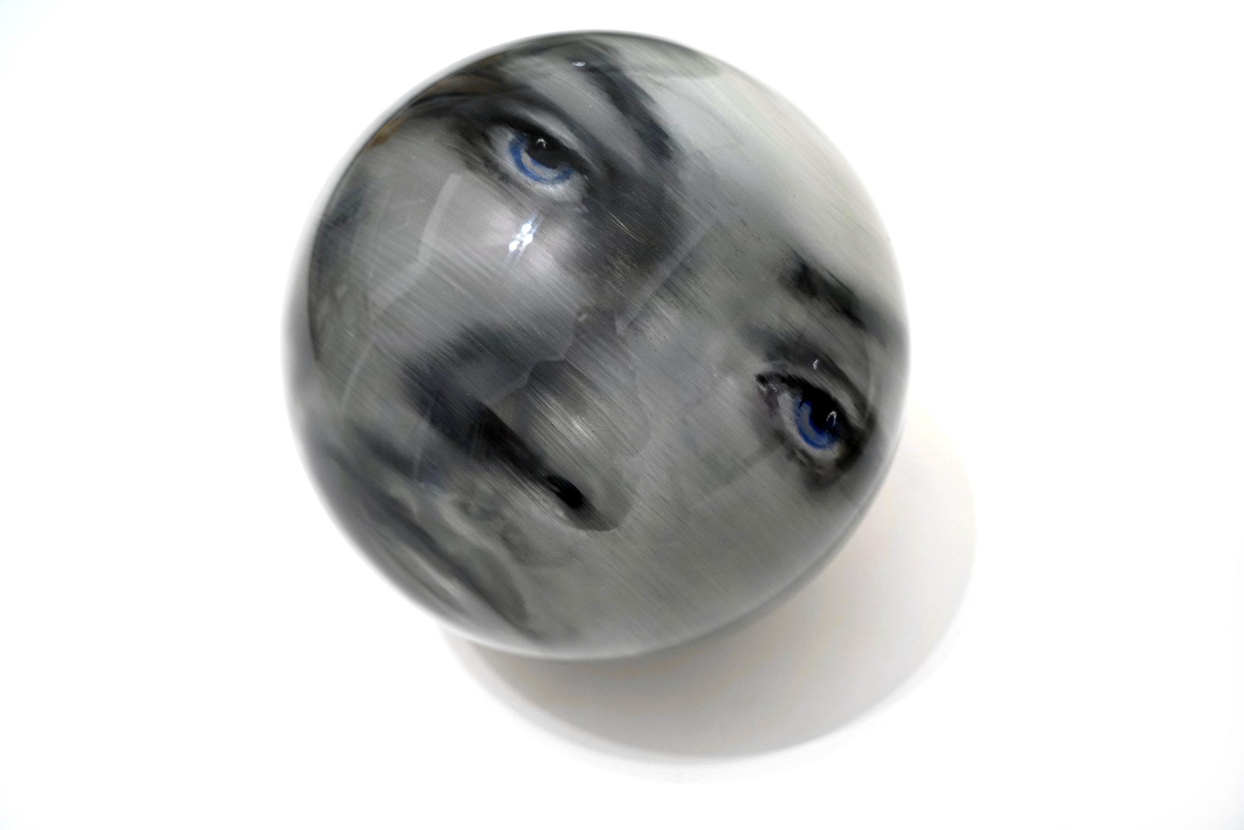 Sphere V 38