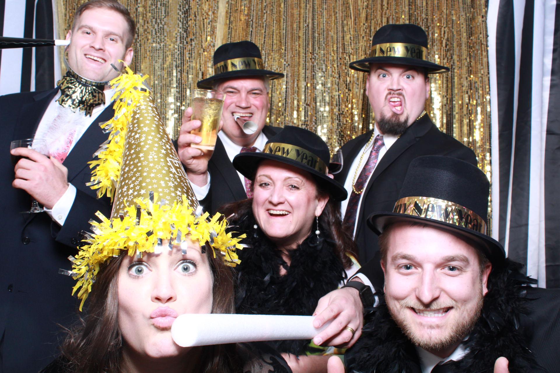 hilton omaha-omaha-nebraska-wedding-snap omaha photo booth