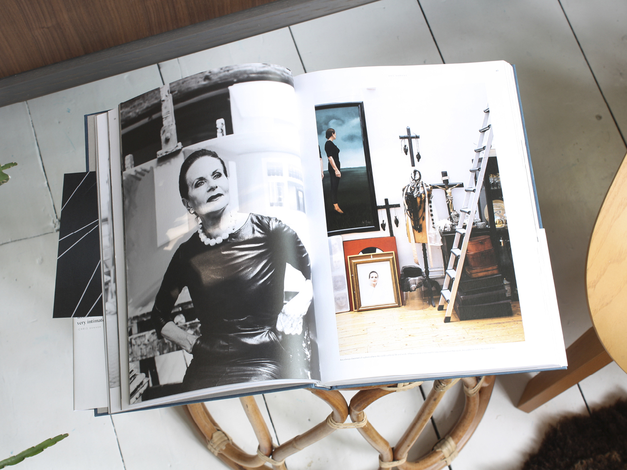 THE-NICE-STUFF-COLLECTOR-INTERIOR-BLOGGER-THEO-BERT-POT_BOOK-WORKSHOP_MENDO_AMSTERDAM5.jpg