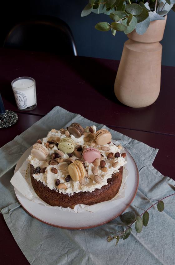FOOD CAKE TAART MACARONS WORTELTAART THE NICE STUFF COLLECTOR TAFEL STYLING INTERIOR THEO-BERT POT.jpg