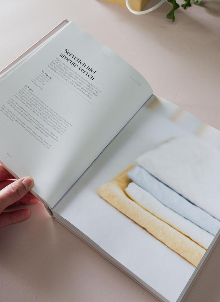 INTERIOR STYLING BOOK WIMKE SMUK BLOGGER BLOG INTERIEUR THEO-BERT POT THE NICE STUFF COLLECTOR 3.jpg