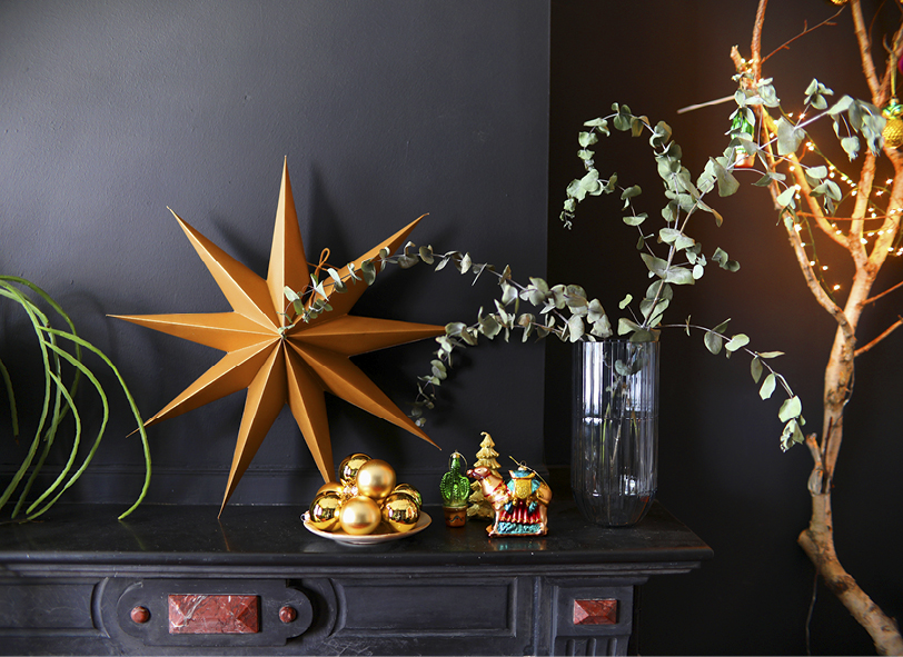 FONQ STYLING INTERIEUR KERST XMAS THE NICE STUFF COLLECTOR THEO-BERT POT LIGGEND.jpg