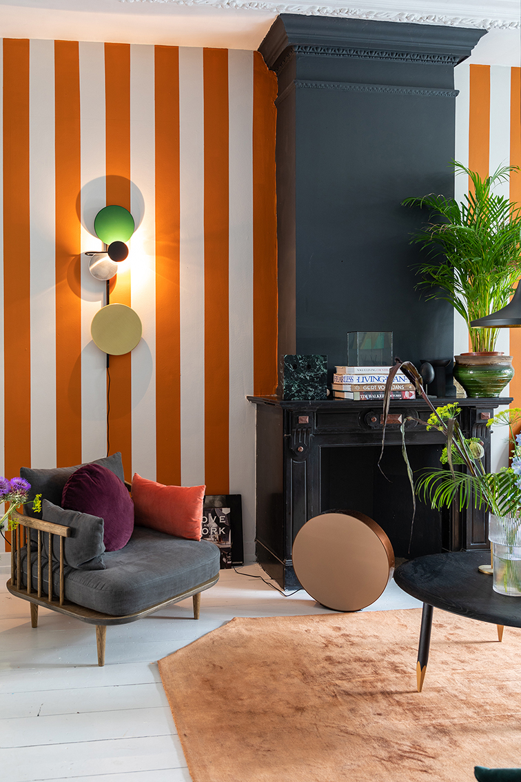 THEO BERT POT STRIPES INTERIOR DESIGN STYLIST STRIJPEN MUUR VERF MAKE OVER BINNENSTE BUITEN THE NICE STUFF COLLECTOR 4.jpg