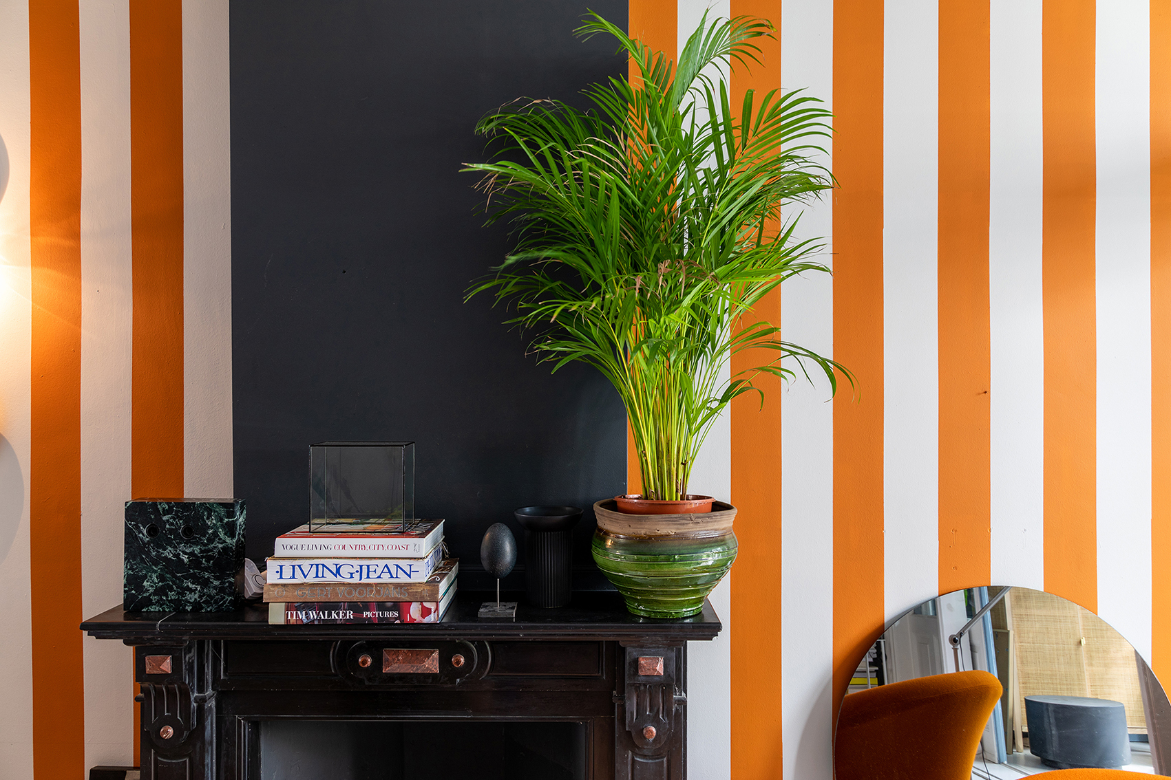 THEO BERT POT STRIPES INTERIOR DESIGN STYLIST STRIJPEN MUUR VERF MAKE OVER BINNENSTE BUITEN THE NICE STUFF COLLECTOR 8.jpg