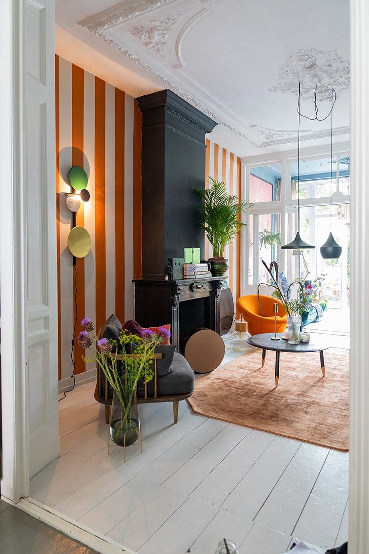 THEO BERT POT STRIPES INTERIOR DESIGN STYLIST STRIJPEN MUUR VERF MAKE OVER BINNENSTE BUITEN THE NICE STUFF COLLECTOR 5.jpg