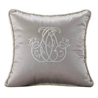 Kerrington Pillow