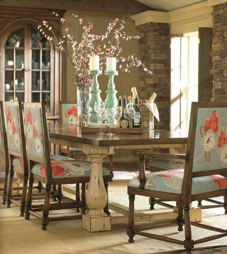 Mary Tudor Dining Set