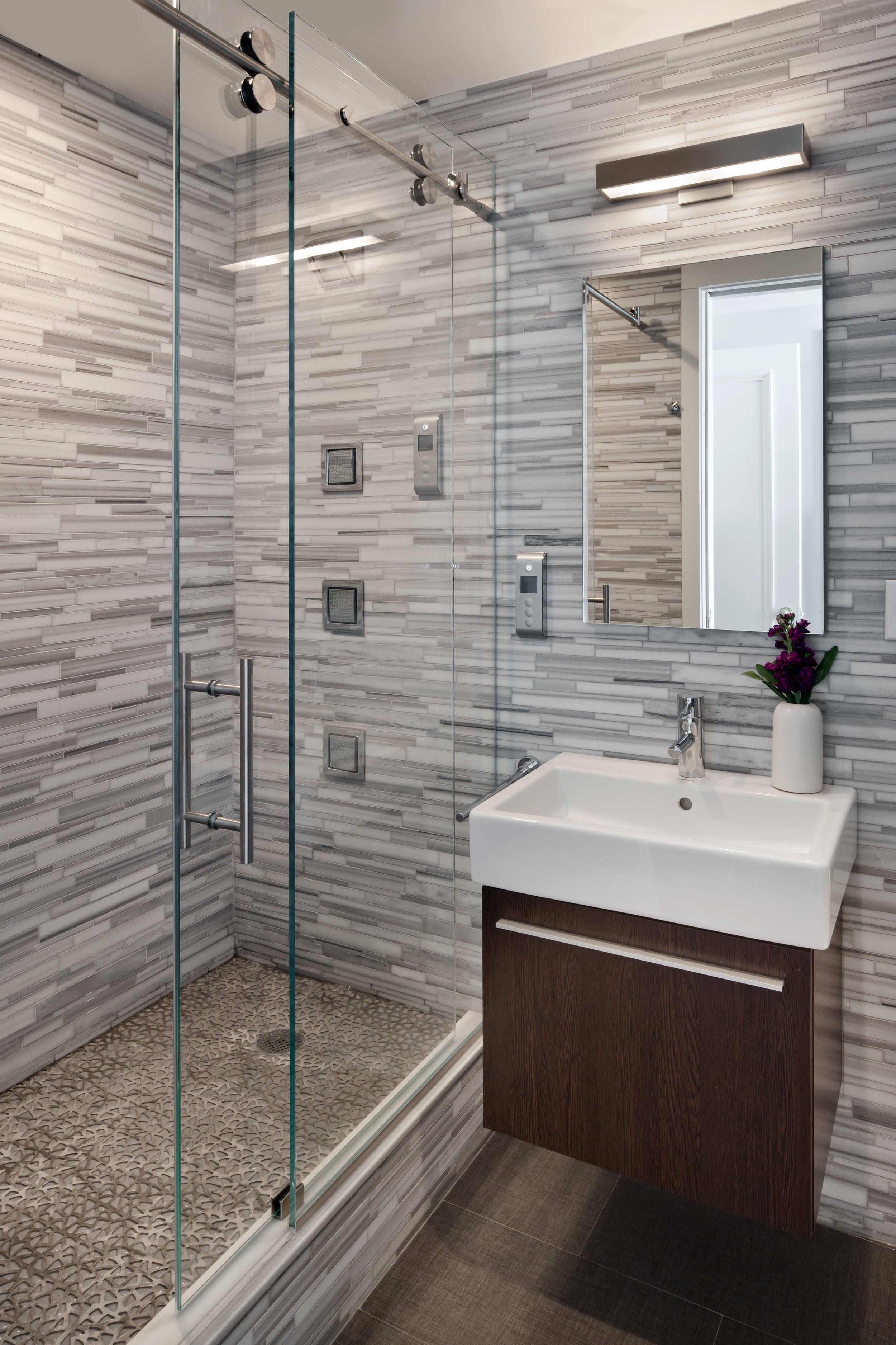 Boy's bathroom.jpg